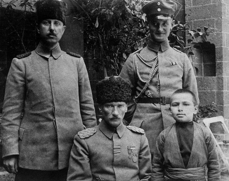Genelkurmay arşivinden çıktı! İşte Atatürk'ün az bilinen ...