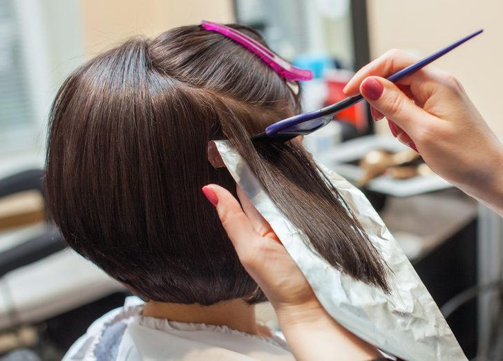 Regl döneminde saçınıza bunları yapmayın!
