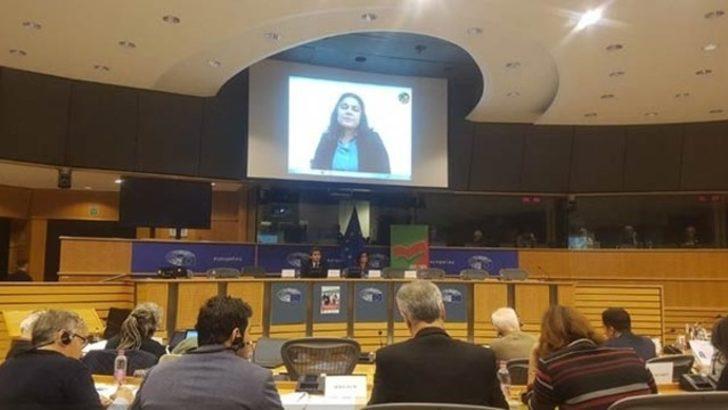 Avrupa Parlamentosu'nda skandal! YPG'li terörist görüntülü bağlandı
