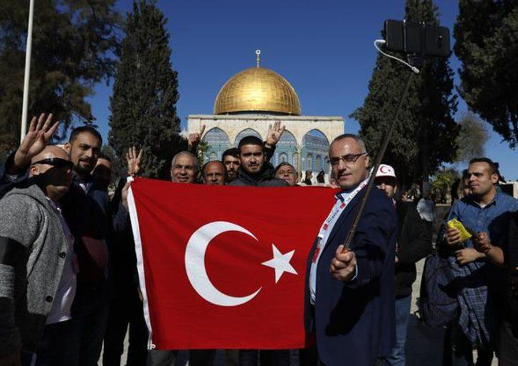 İSRAİL'DEN BATI ŞERİA'YA ASKER SEVKİYATI