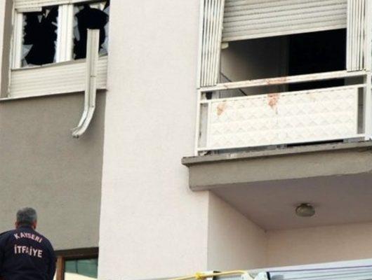 Eşi ve 3 çocuğunu öldüren baba balkondan atladı