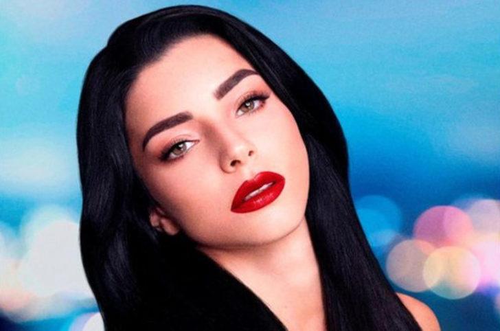 Oyuncu Merve Boluğur'un Instagram'dan paylaştığı makyajsız fotoğrafı tartışma yarattı.