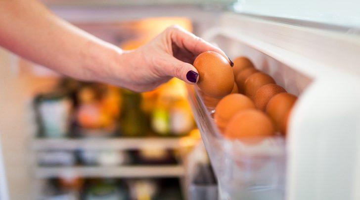 Yumurtayı buzdolabı kapağında saklamayın! Çünkü...