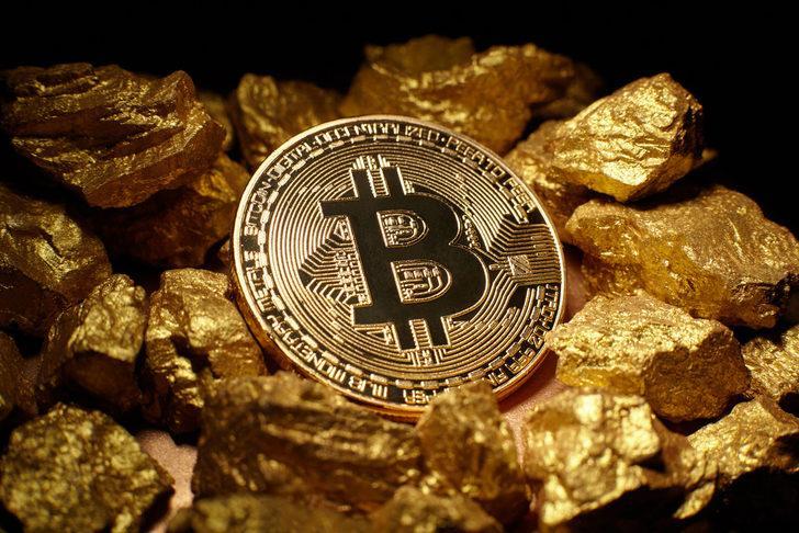 'Bitcoin  700 bin dolar olabilir'
