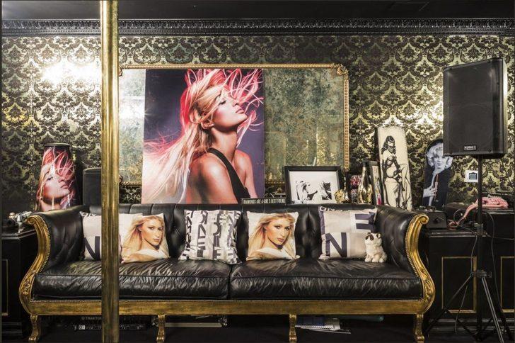 Paris Hilton şimdi ise eğlence aşkını evine taşıyarak evinin bir bölümünü gece kulübüne çevirdi.