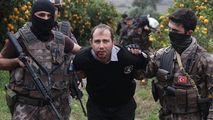 Emniyet müdürü Adana'yı alarma geçirdi! Film setlerini aratmayan operasyon!