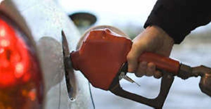 Benzinlerin rafineri çıkışında indirim