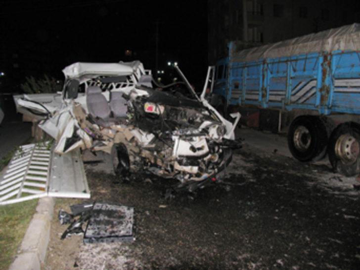Tarsus'ta düğün dönüşü kaza