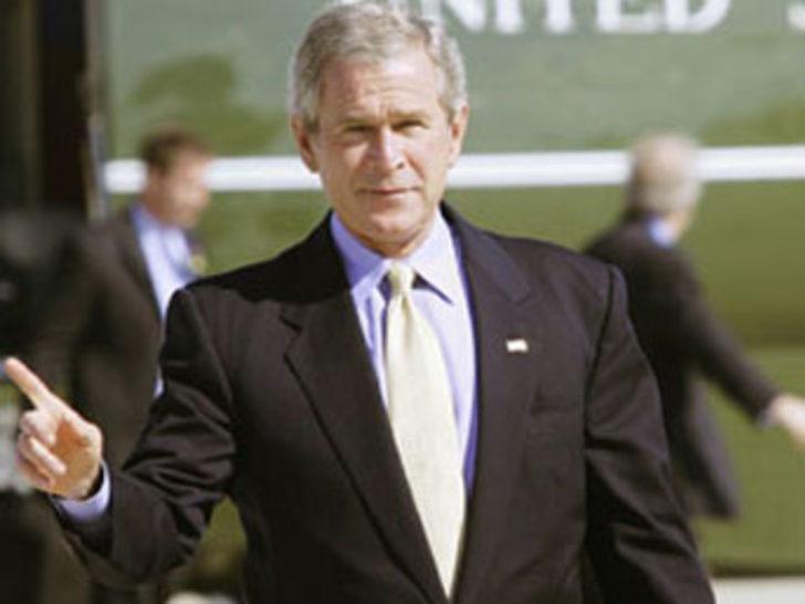 """""""Bush dünya barışı için tehdit"""""""