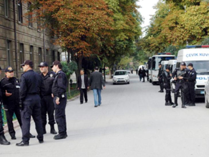 Cenazede 10 bin polis, bin de asker görev yapacak