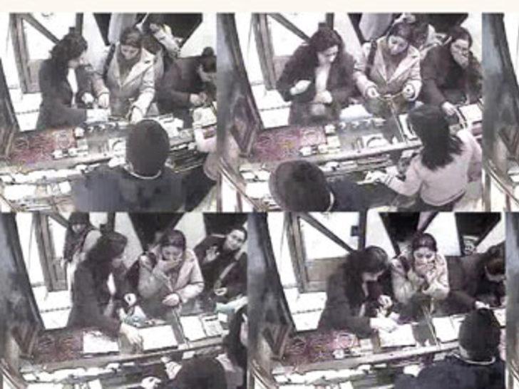 Altın yiyen hırsızlar kameraya yakalandı