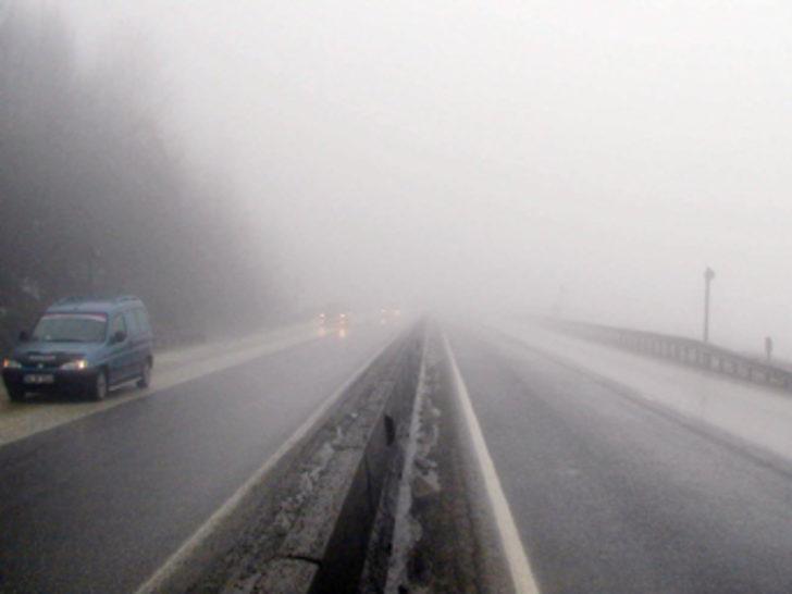 Bolu Dağı'nda yoğun sis kazalara neden oldu