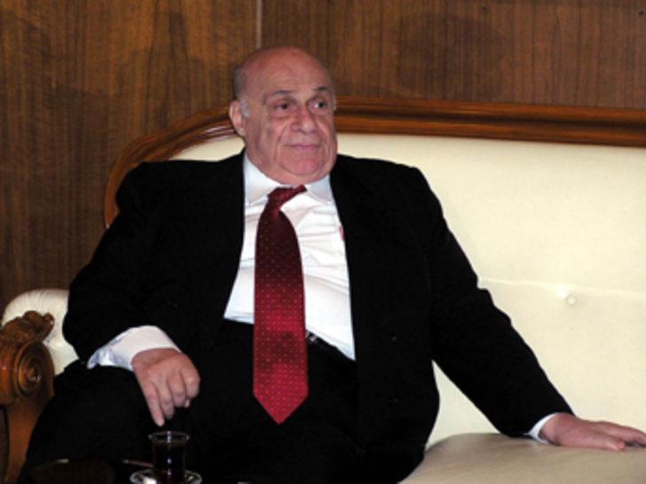 Denktaş'tan hükümet programına eleştiri