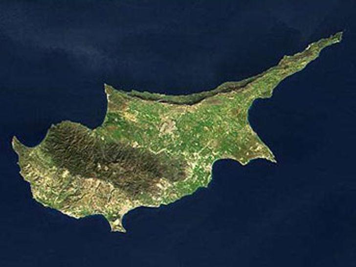 """""""Limanlar, Kıbrıs sorununun bir parçası"""""""