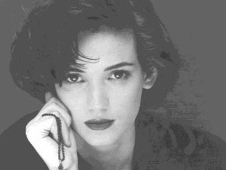 Aktris Adrienne Shelly ölü bulundu