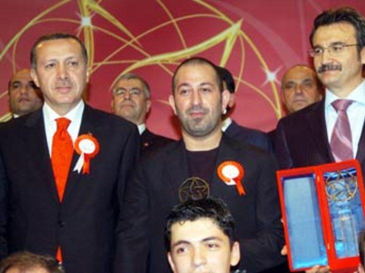 Cem Yılmaz, Erdoğan'ı kahkaya boğdu