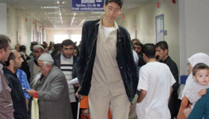 Самый высокий человек в турции фото тому убережет
