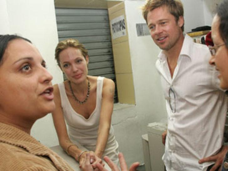 Jolie ve Pitt Dubai'den ada satın aldı