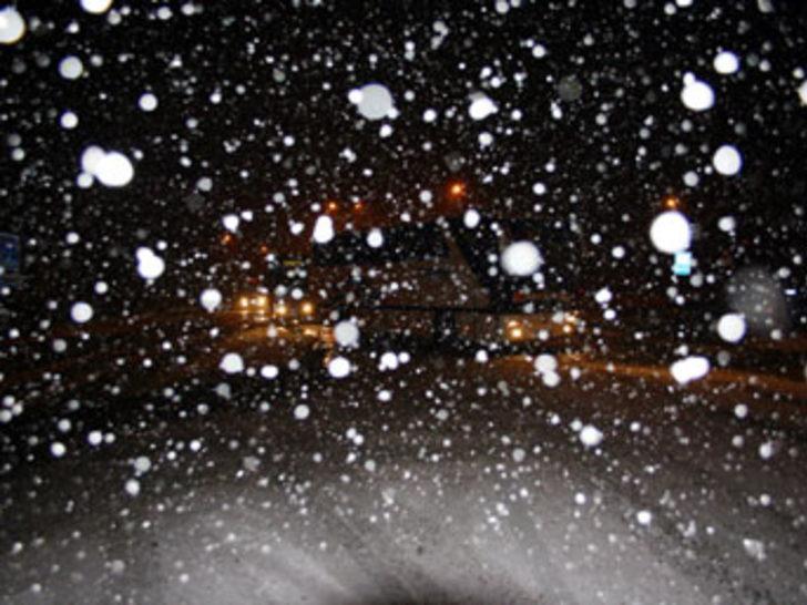 Bolu Dağı'nda ulaşıma kar engeli