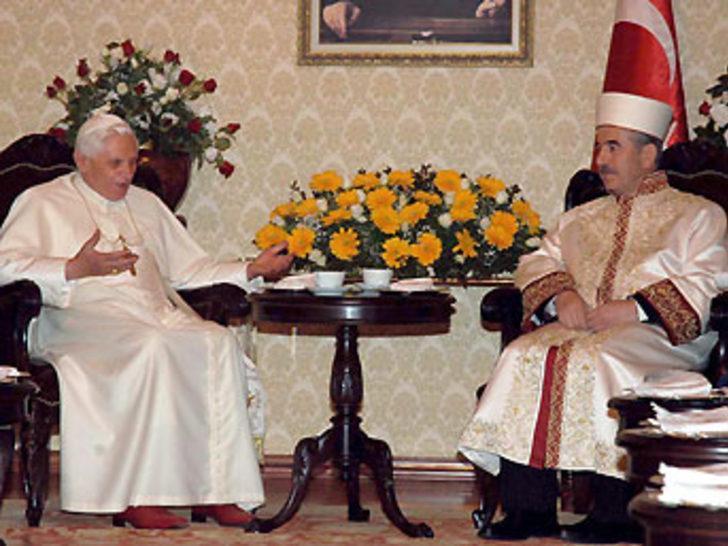 Bardakoğlu, Papa'yı eleştirdi