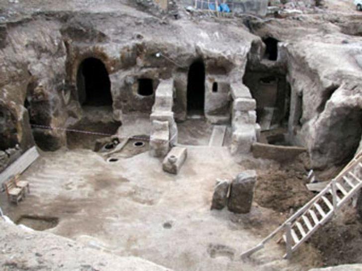 Aksaray'da yer altı şehri bulundu