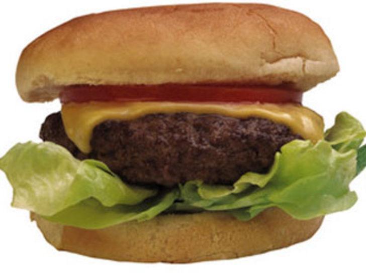 Çocuklar ''fast food''la 1 yaşında tanışıyor