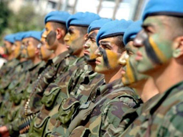 Kara birlikleri K.Irak'a girmek için bekliyor