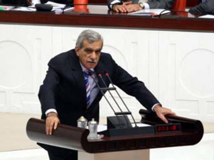 Türk: Sorunların çözüm yeri Parlamento