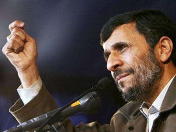 """Ahmedinejad: """"Rapor ABD'nin teslimiyet bildirisi"""""""