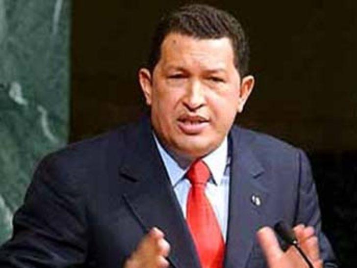 Chavez'in anayasa reformu için sandık başına