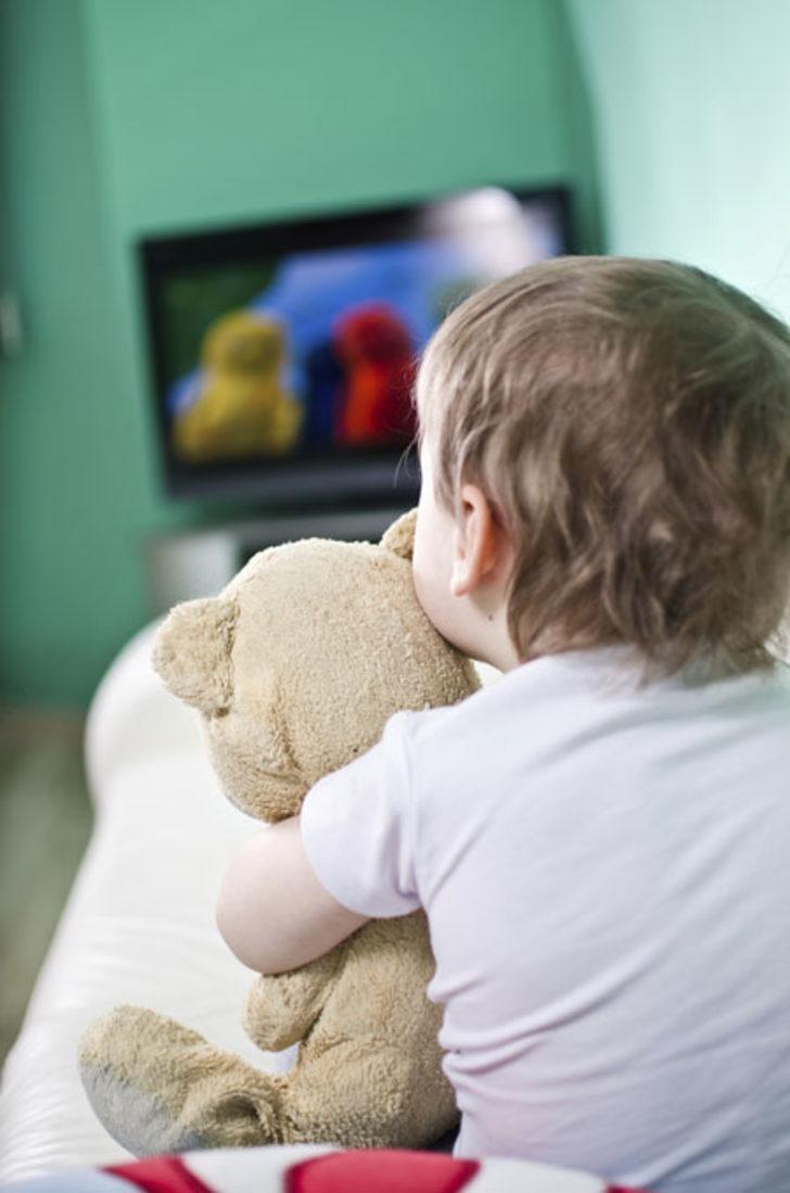 Çocuklara korku filmi izletilmeli mi