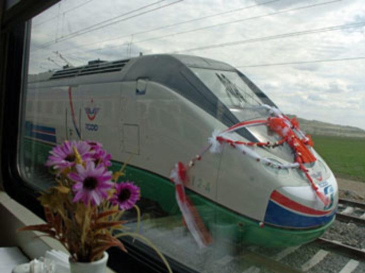 Hızlı tren bu gece Edirne'den giriş yapacak