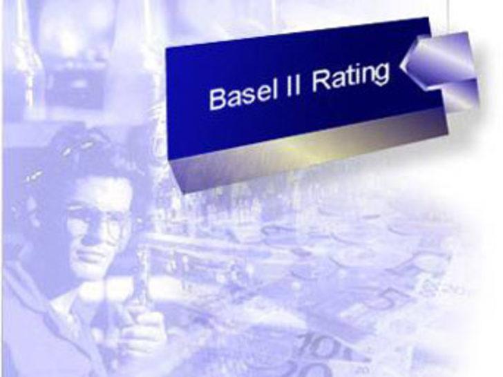 """""""Basel 2, şirket evliliklerini artıracak"""""""