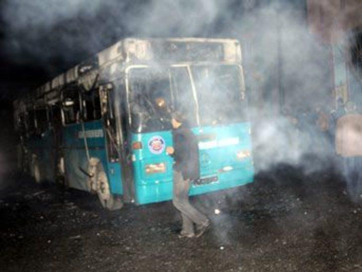 Belediye otobüsüne molofoflu saldırı