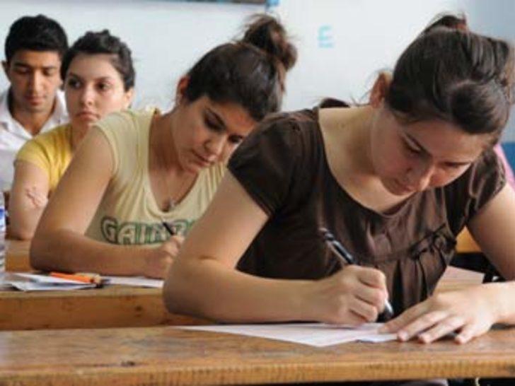 Bilime meraklı öğrenciler Ankara'ya gitti