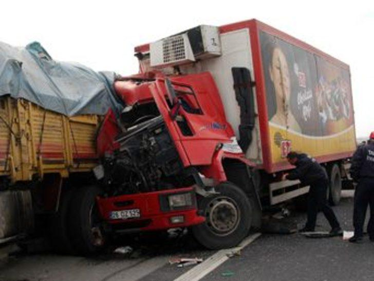 Tarsus'ta trafik kazası: 1 ölü