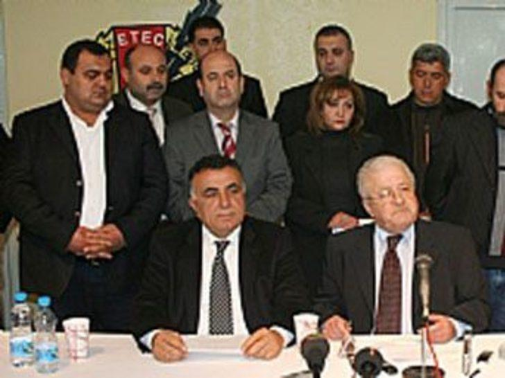 Mersin CHP'den istifalar