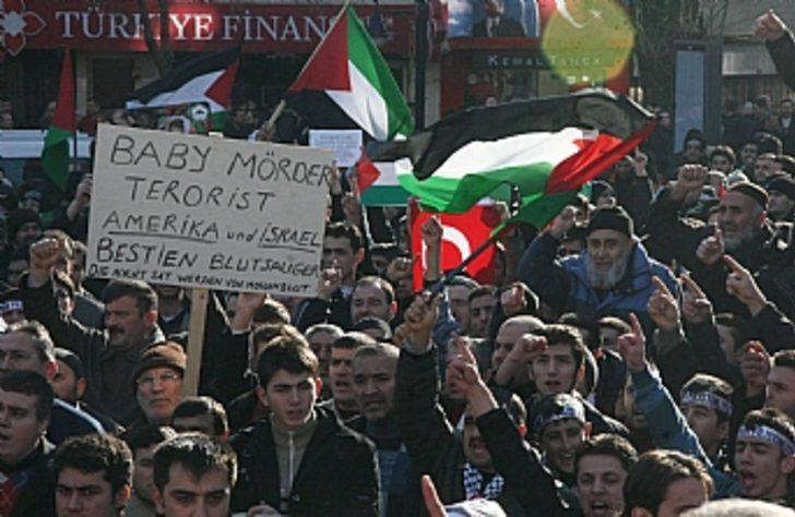 5 bin kişi filistin'e destek için yürüdü
