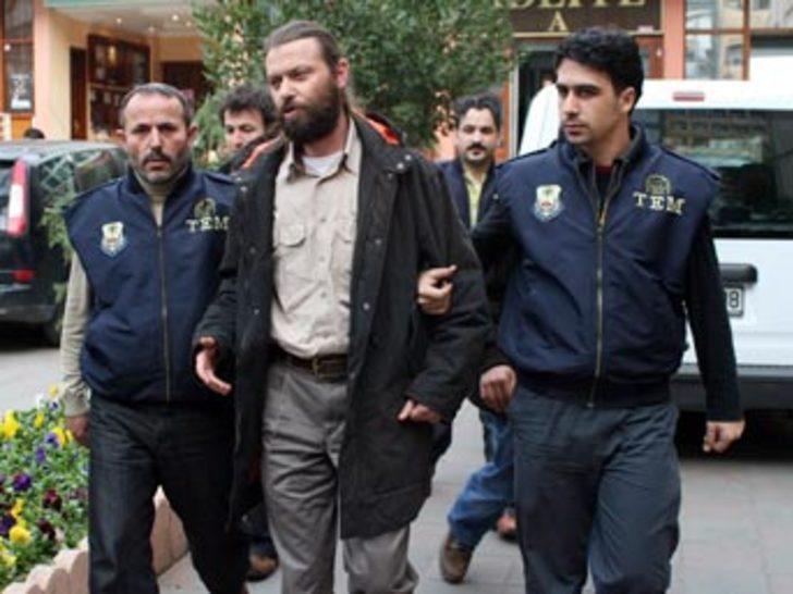 Taraf Gazetesi muhabiri serbest bırakıldı