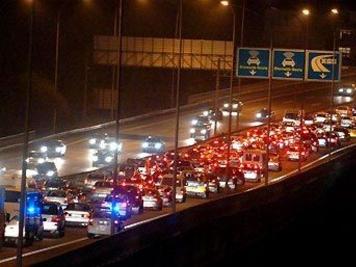 Trafik çıldırttı, vatandaş patladı