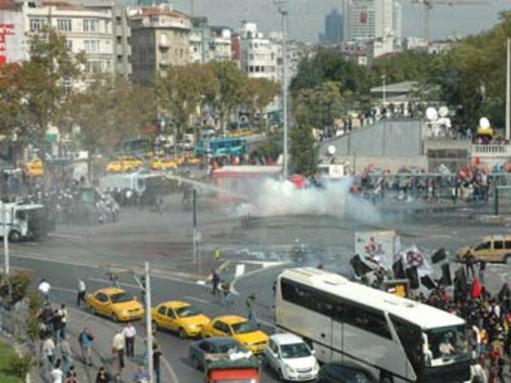 Taksim karıştı