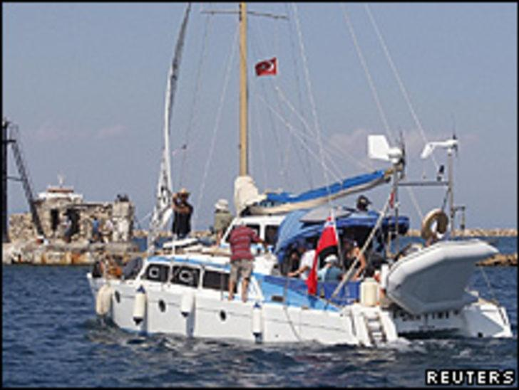 İsrail donanması Gazze'ye yol alan İrene'i engelliyor