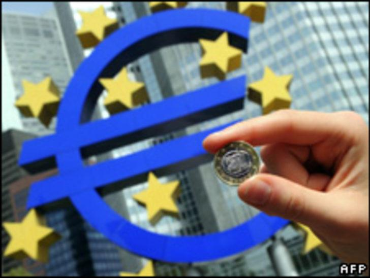 Euro bölgesinde yüzde 1 büyüme