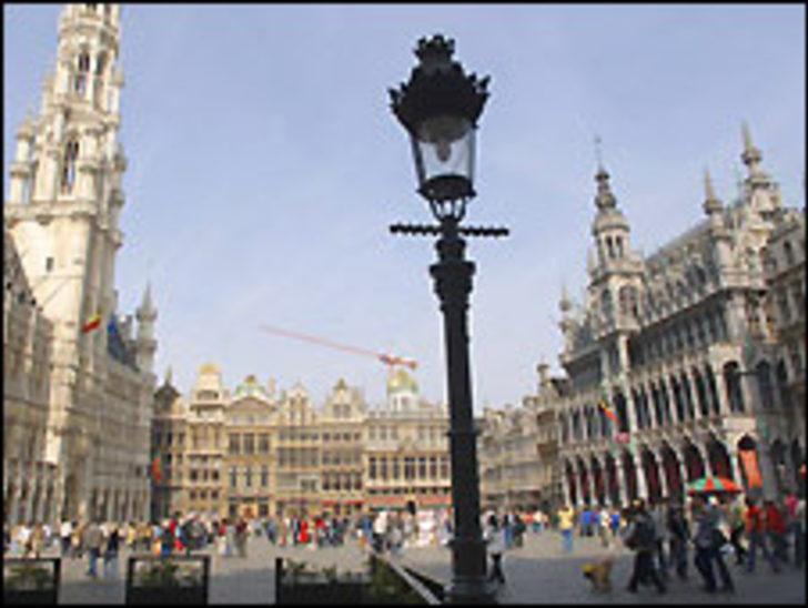 Belçika'da hükümetsiz geçen 100 gün