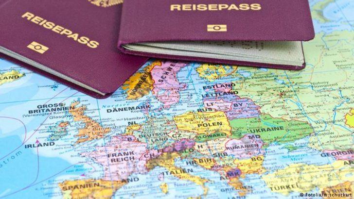 """Avrupa Komisyonu'ndan """"Altın Pasaport"""" uyarısı"""