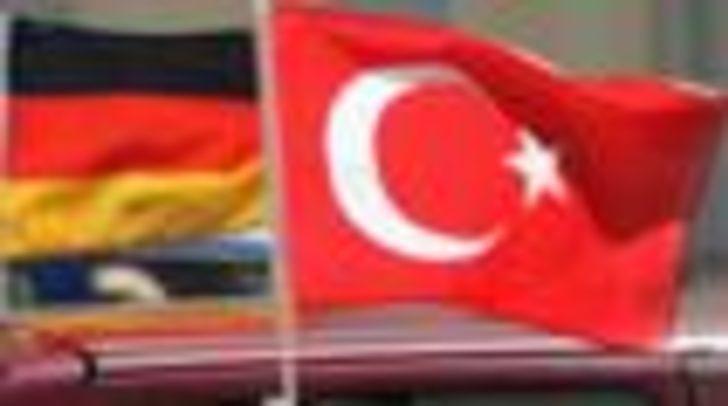 Türkiye ve Almanya arasında 12 ayda 5 gerilim
