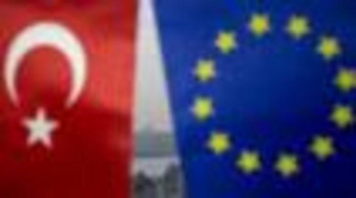 'Erdoğan'ın Brüksel ziyareti AB  Türkiye ilişkileri için küçük de olsa bir fırsat'