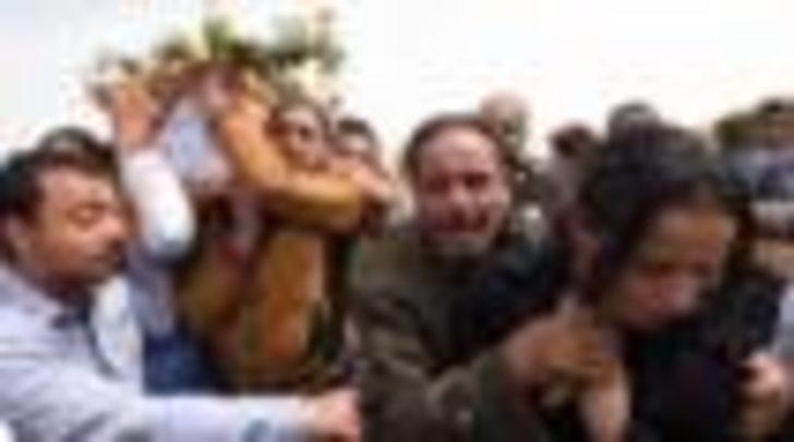 Mısır'da Kıpti Hristiyanların otobüsüne saldırı: 23 kişi öldü