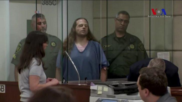 Portland Saldırganı Mahkeme Salonunda Sloganlar Attı