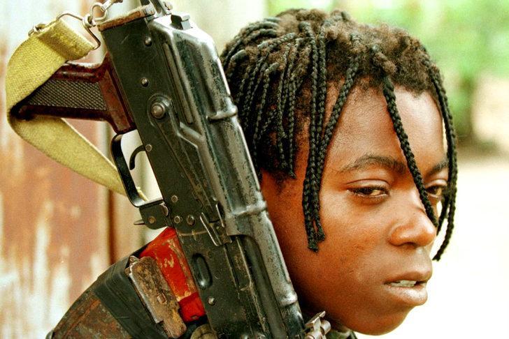 BM: Kongo'da 82 çocuk asker kurtarıldı